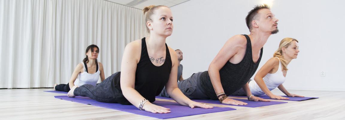 Aanmelden | Flow Yoga Leiderdorp - Tijd voor jezelf